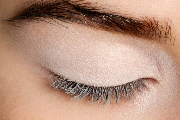 Eye Makeup Hacks That Every Beginner Needs To Know 3